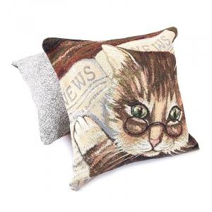 Наволочка гобелен декоративная 45/45 см Ученый кот