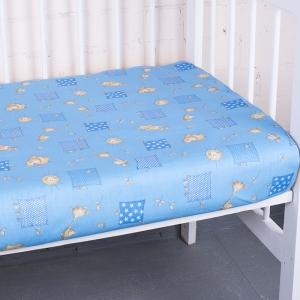 Простыня на резинке бязь детская 366/1 Жирафики цвет голубой 60/120/12 см