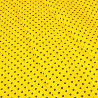 Ткань на отрез бязь плательная 150 см 1359/5 лимонный фон черный горох