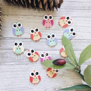 Пуговицы Совушки из дерева цветные