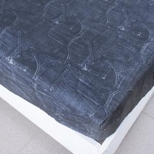 Простыня трикотажная на резинке цвет черные джинсы 160/200/20 см