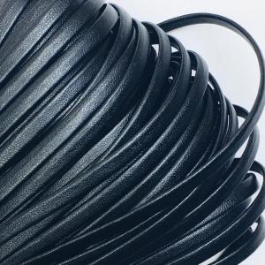 Шнур декоративный кожзам 2147 черный 4 мм