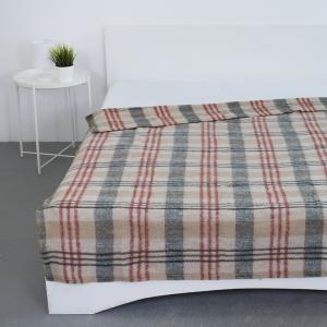 Одеяло полушерсть 420 гр/м2 цвет красный 150/200 см