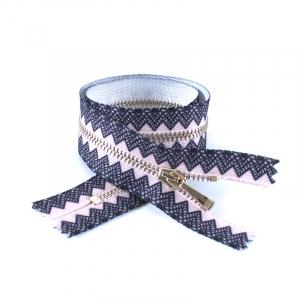 Молния металл №2 светлое золото н/р 35см розовый с черным декором