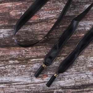 Шнур плоский черный полоса золото с декор наконечник металл 130см уп 2 шт