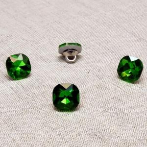 Пуговица ПР64 11мм зеленый камень уп 50 шт