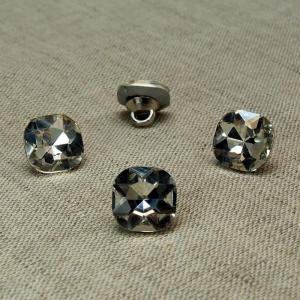 Пуговица ПР64 11мм темное серебро камень уп 50 шт
