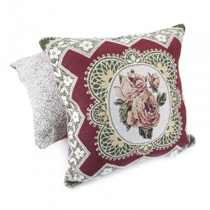 Наволочка гобелен декоративная 45/45 см Кружевная роза 1837