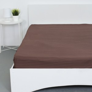 Простынь на резинке страйп-сатин 896 цвет шоколадный 160*200*20 см