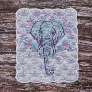 Декоративный  элемент пришивной Слон 19*20 см