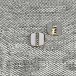 Пуговица ПР198 9 мм белая уп 12 шт