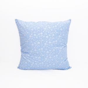 Подушка Лебяжий пух 215 Ромашки цвет голубой серебро 70/70